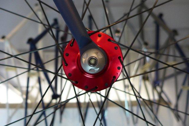 Защита переднего колеса (секретка)